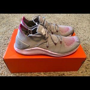 NIB Nike Women's Free TR Flyknit 3